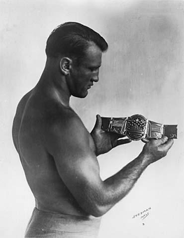 Bronko Nagurski cinturón campeón